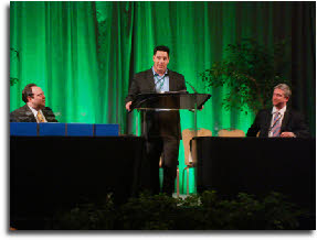 George Irwin accepting his GRHC award at the 2009 ceremony; Photo GLT.