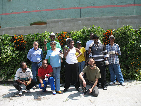 Volunteers at the Urban Farming Food Chain Skid Row project in 2008; Photo Courtesy George Irwin