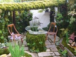 Green Door source: Embassy of Japan in the UK