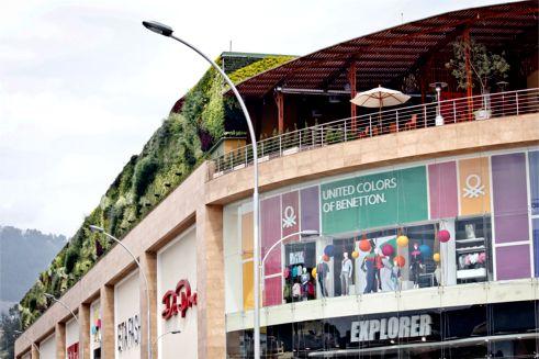 Scala Shopping; Photo Courtesy of Paisajismo Urbano ©