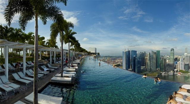 Marina-Bay-Sands-SkyPark3