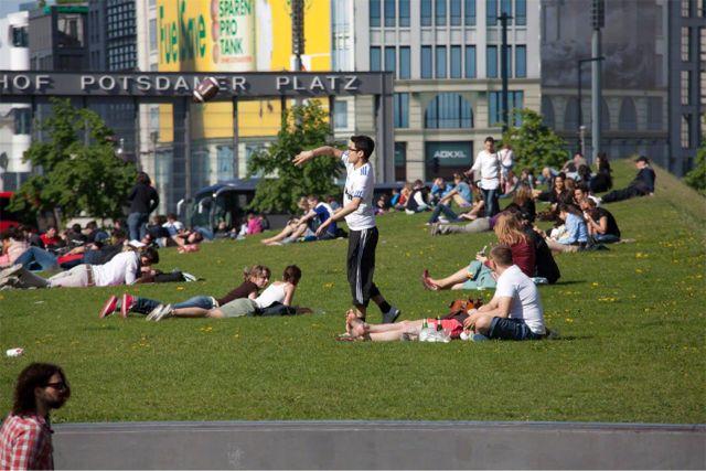 Greenroofs.com Project Week June 19 2017 Potsdamer Platz
