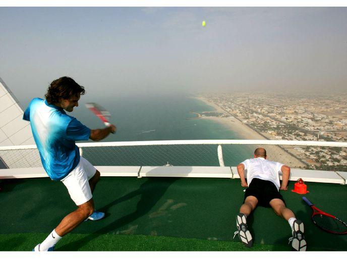 Burj Al Arab Hotel Helipad Greenroofs Com