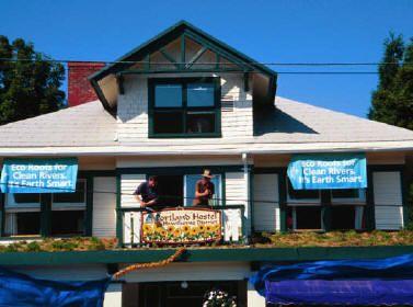Hawthorne Hostel Ecoroof Featured Image