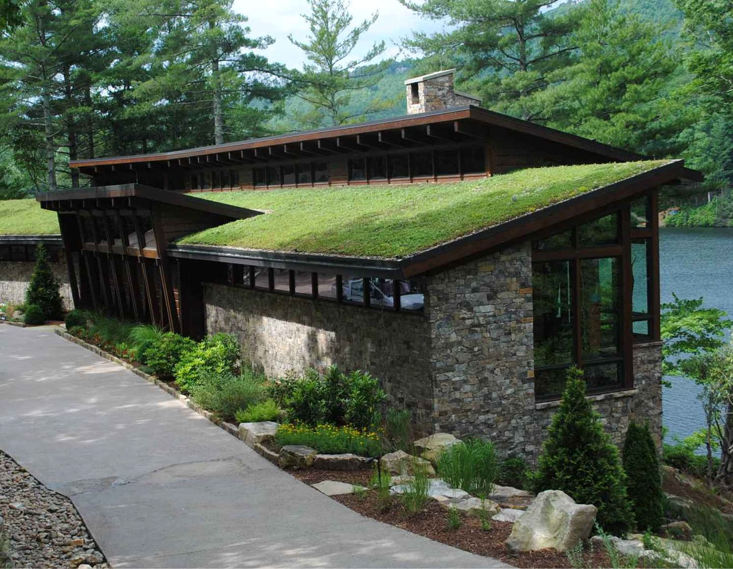 Private Lake Toxaway Nc Residence Green Roof Greenroofs Com