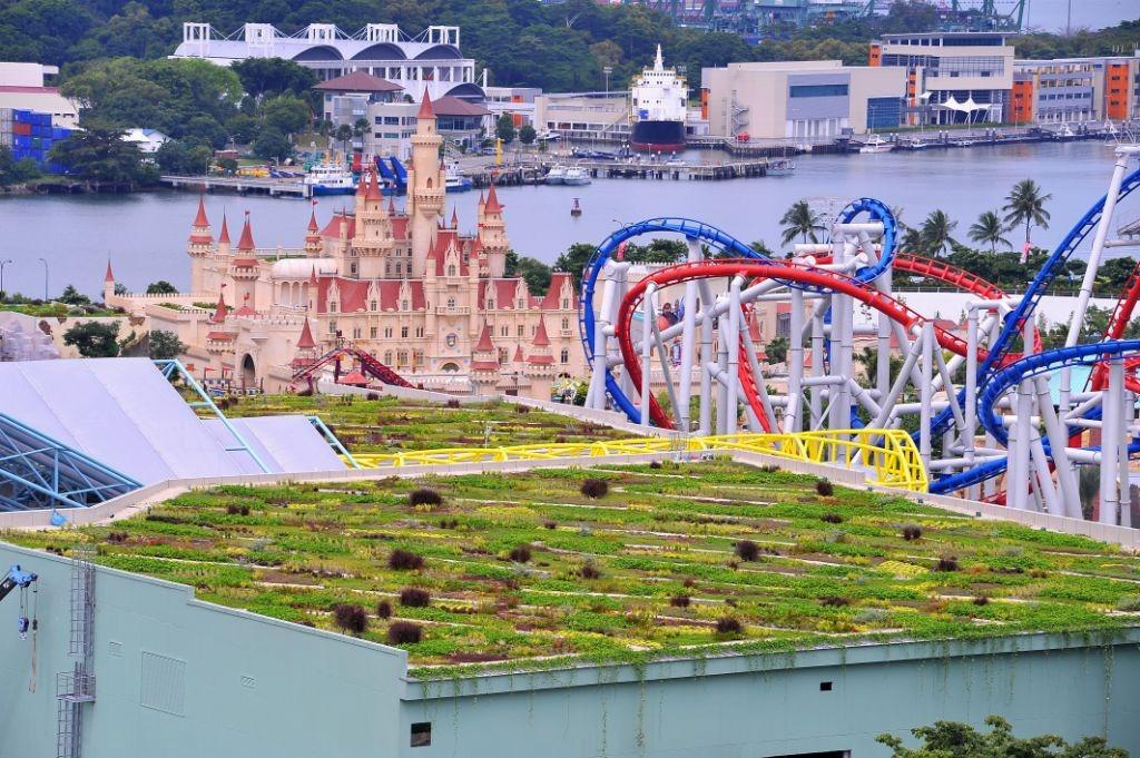 Universal Studios Singapore - Greenroofs.com