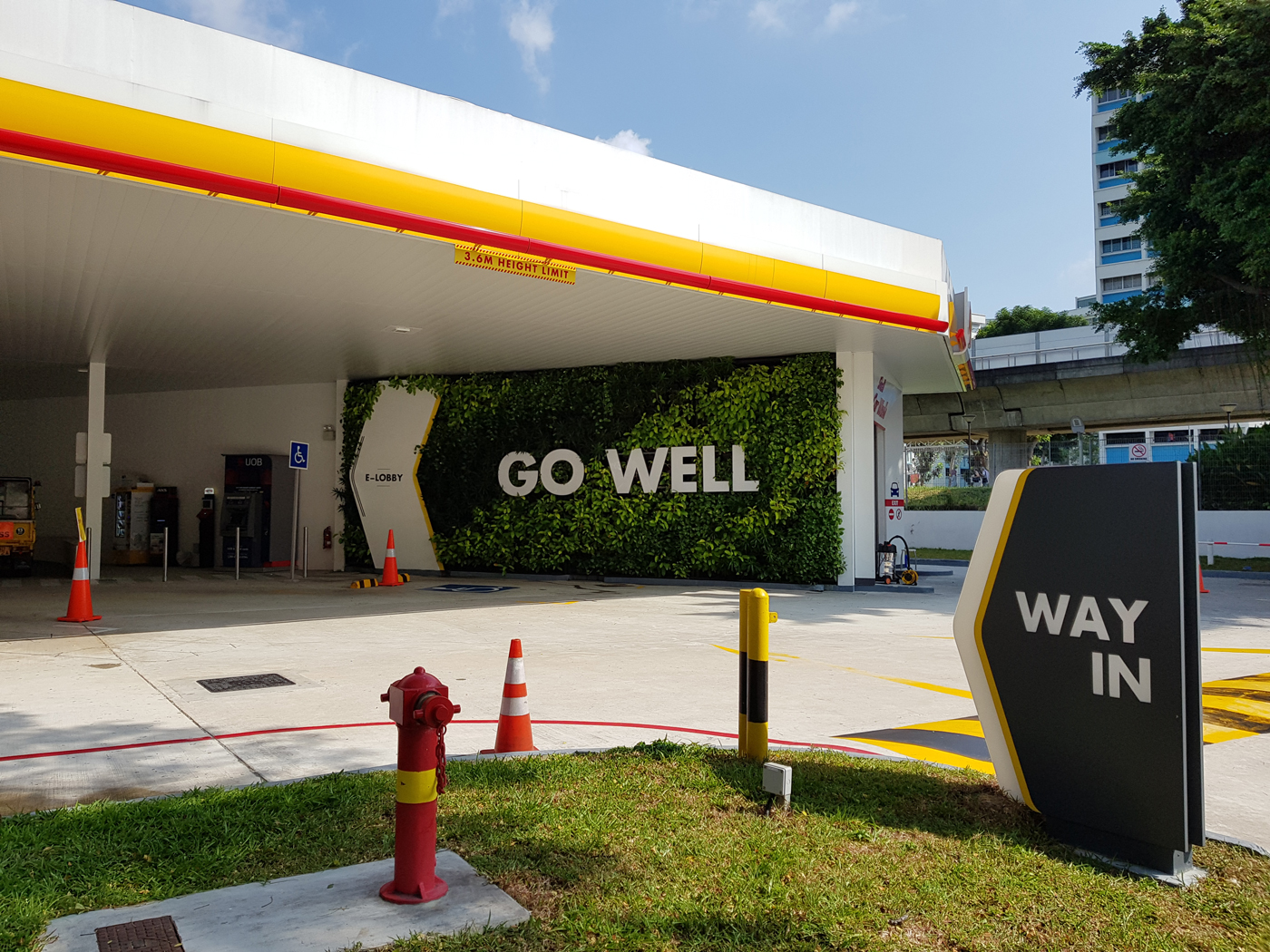 Shell Petrol Station @ Tampines Avenue 2, Singapore - Greenroofs com