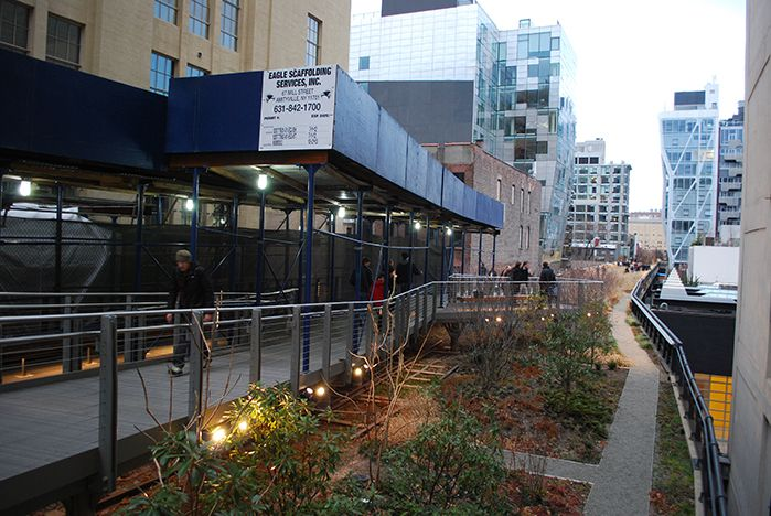 A Comparison of the 3 Phases of the High Line Part 7 - Lighting