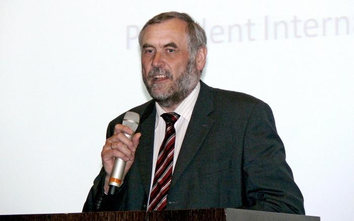 Roland Appl